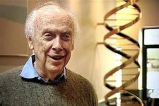 Нобелевский лауреат, генетик Джеймс Уотсон лишен почетных званий. Он опять заговорил о расовых различиях