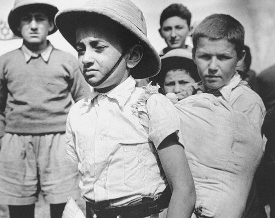 Побег от нацистов через Иран