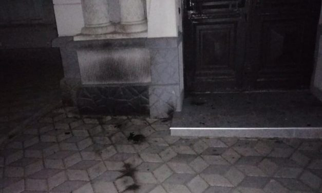 В Херсоні поліція встановлює особу підпалювача будівлі іудейської релігійної общини
